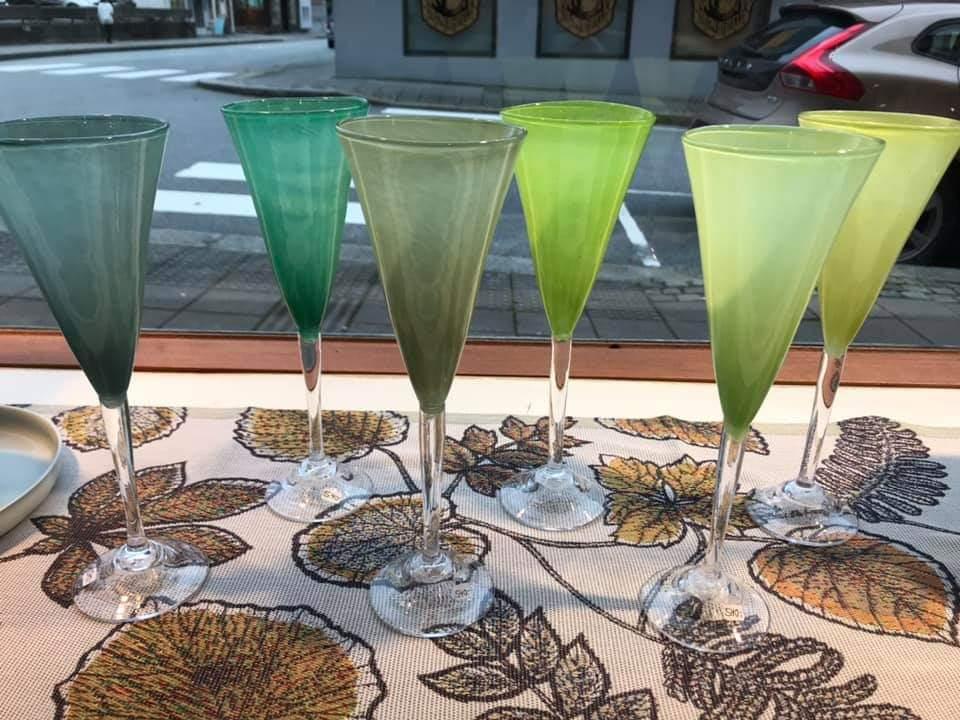 Knapstad Glass